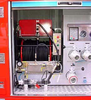 高圧噴霧装置自動巻取り装置