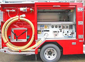 車両右側 通常吸管取付装置