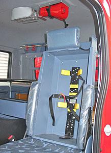 空気呼吸器内蔵型フロントシート